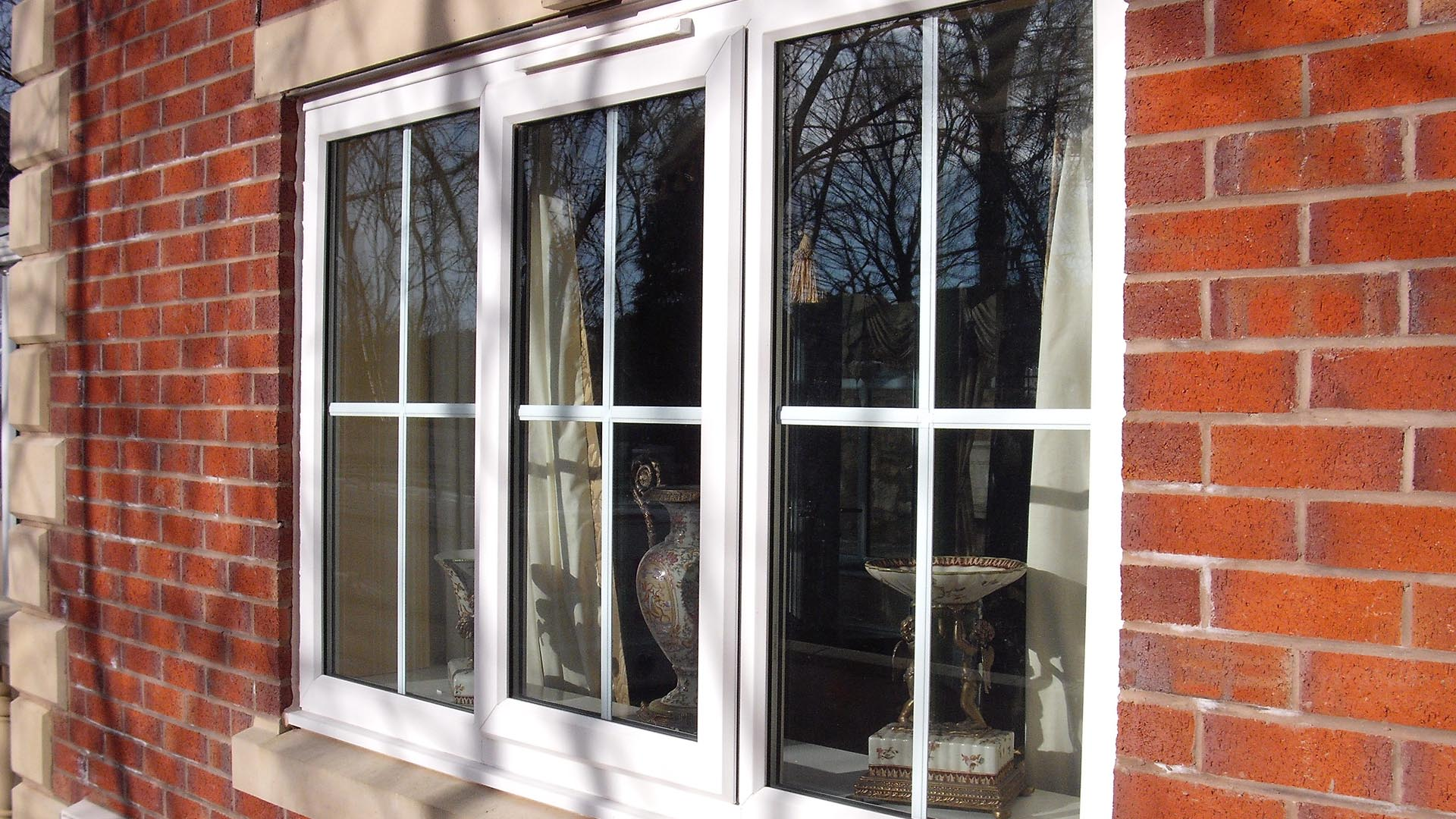 Replacement glass window repair amazing glazing for Quality replacement windows